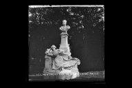 """Monument Guy de Maupassant, Paris"""